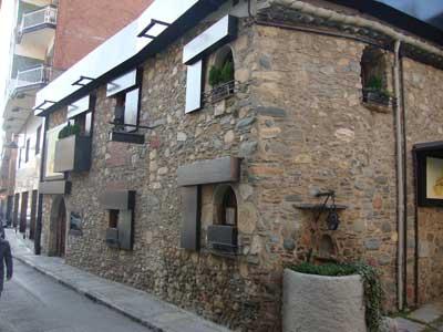 Servicios revestimiento fachadas sant celoni barcelona - Revestimientos de fachadas ...